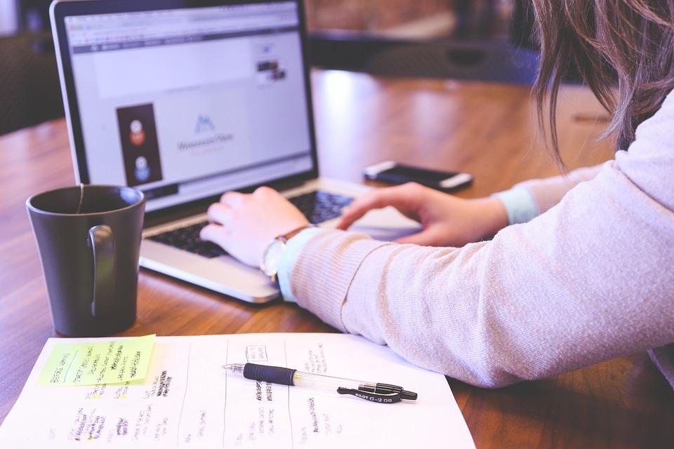 Objavljene studije EUIPO-a o utjecaju korištenja intelektualnog vlasništva na mala i srednja poduzeća te o stavovima mladih u EU